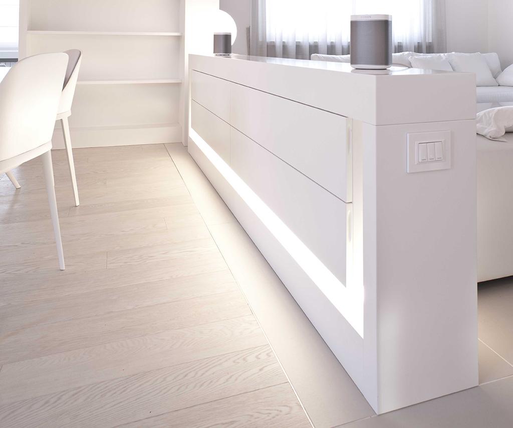 mobile basso, separatore, contenitore luminoso, design, milano, ettore lariani, cabinet, bright cabinet, separator