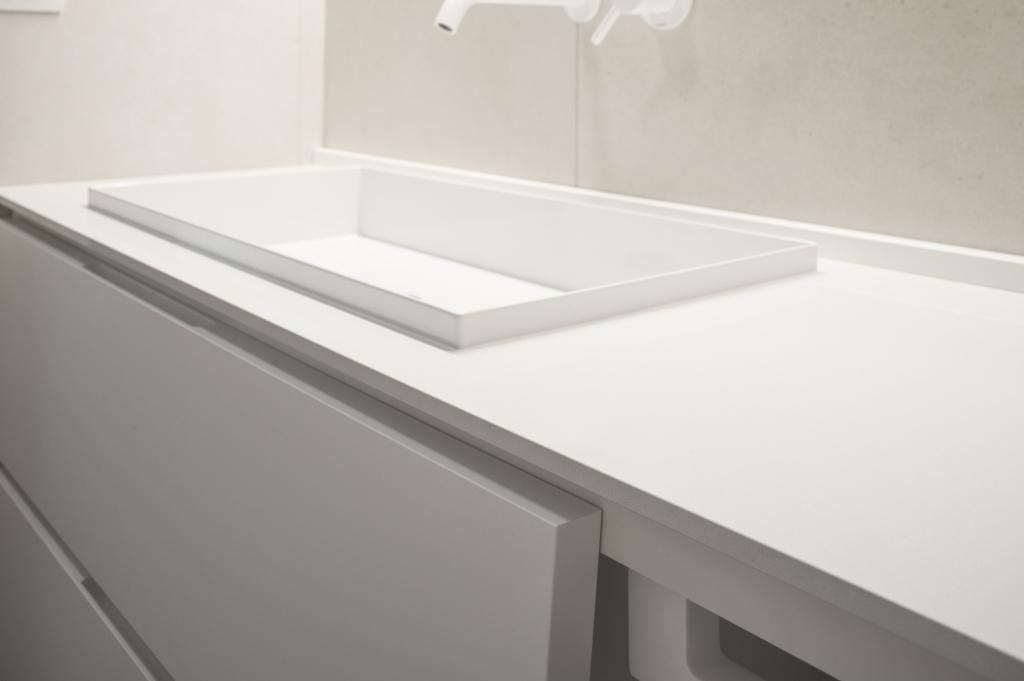 Mobile bagno, design, milano, ettore lariani, writing desk